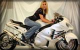 """White Suzuki """"Hayabusa"""" GSX1300R, Bikes & Girls"""